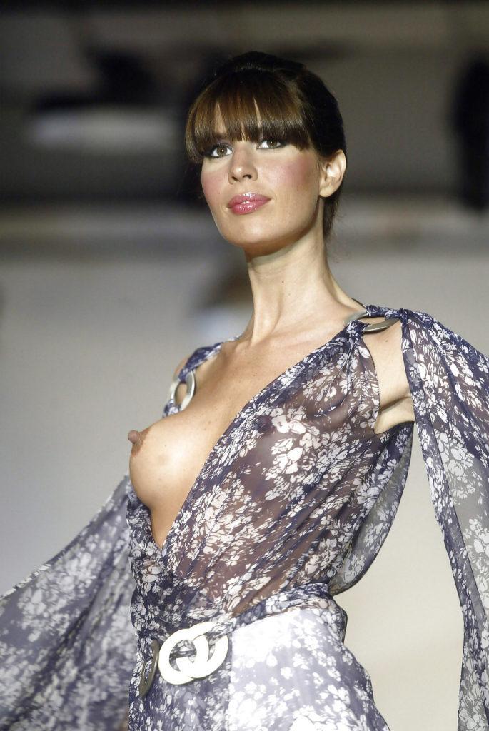 【モデル】乳首を晒さないといけない職業。真っ黒やったら無理やんwwwwwww(121枚)・64枚目
