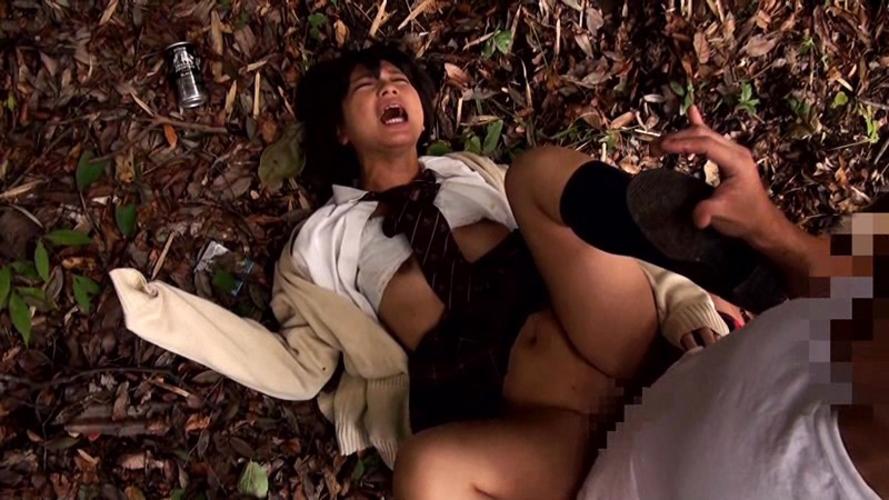 【レイプ注意】野外でボッロボロに犯される女を見て興奮するスレwwwwww・12枚目