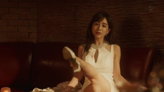 田中みな実さん(33)TBS辞めて脱ぎだした女子アナの末路がこちらwwwww(194枚)・99枚目