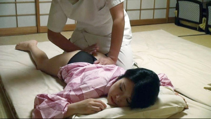 【エロ画像】「浴衣美女がノーブラだったら?」って画像が想像以上やったwwww・13枚目