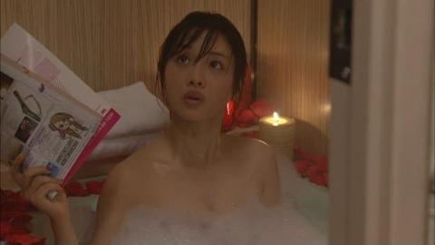 【石原さとみ】この女優の「今からヤルよぉ」的な濡れシーンが一番エロいよな?wwwwww(187枚)・147枚目