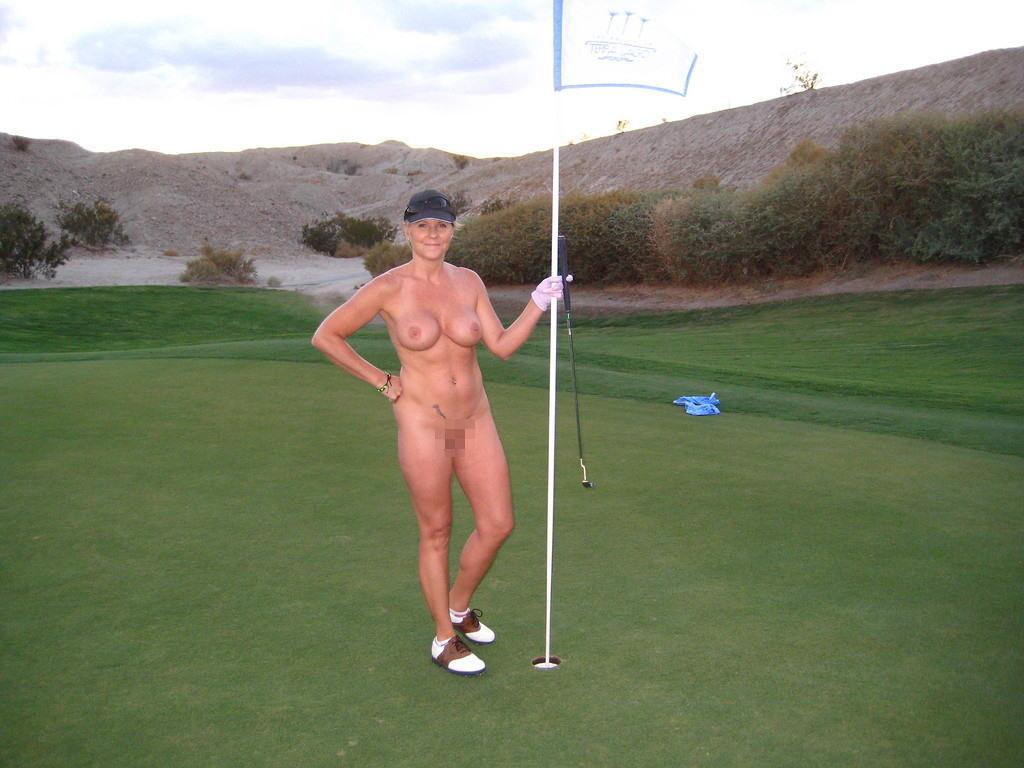 【エロ画像】富豪の ゴルフコンペ ただの露出大会になるwwwww・17枚目
