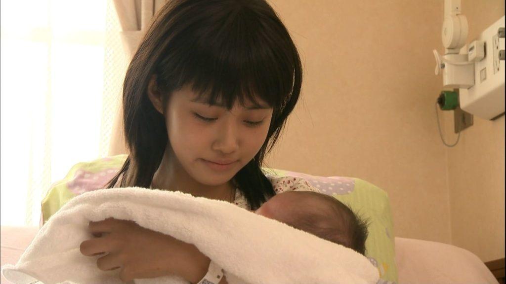 JCなのに妊娠しちゃった女の子たち…この顔にボテ腹はヤバいwwwww(画像あり)・8枚目