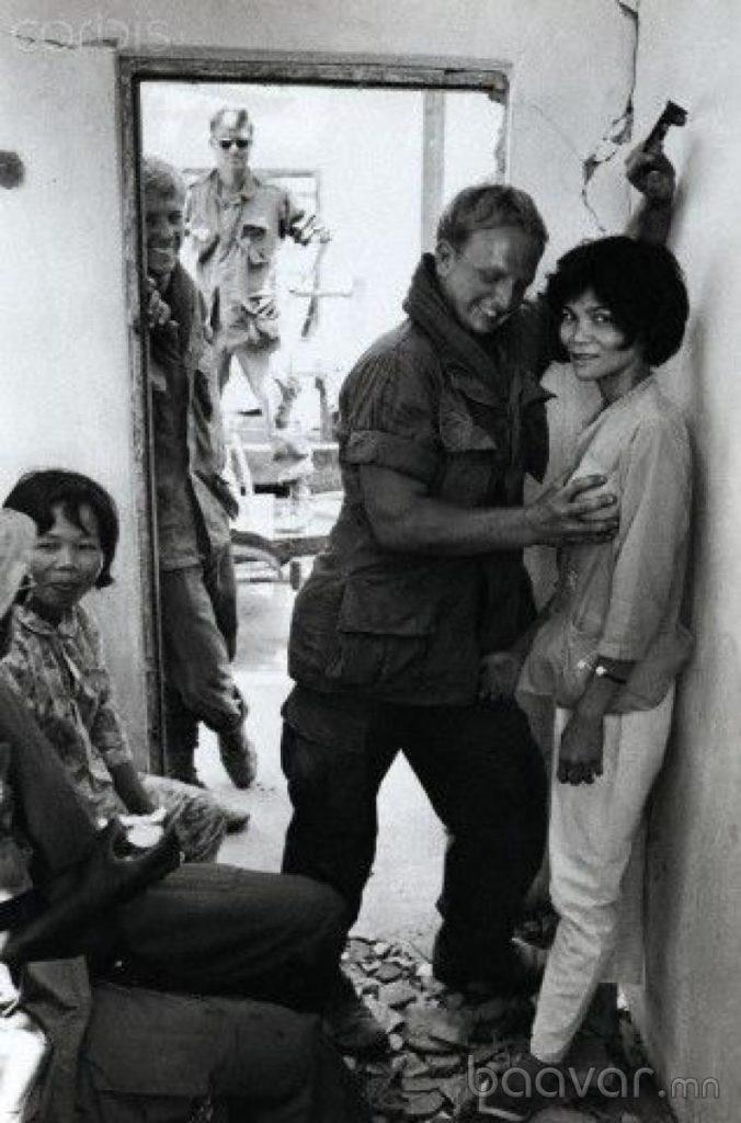 【売春婦】ベトナムの売春宿で撮影された「軍用御用達」の女たち。・18枚目