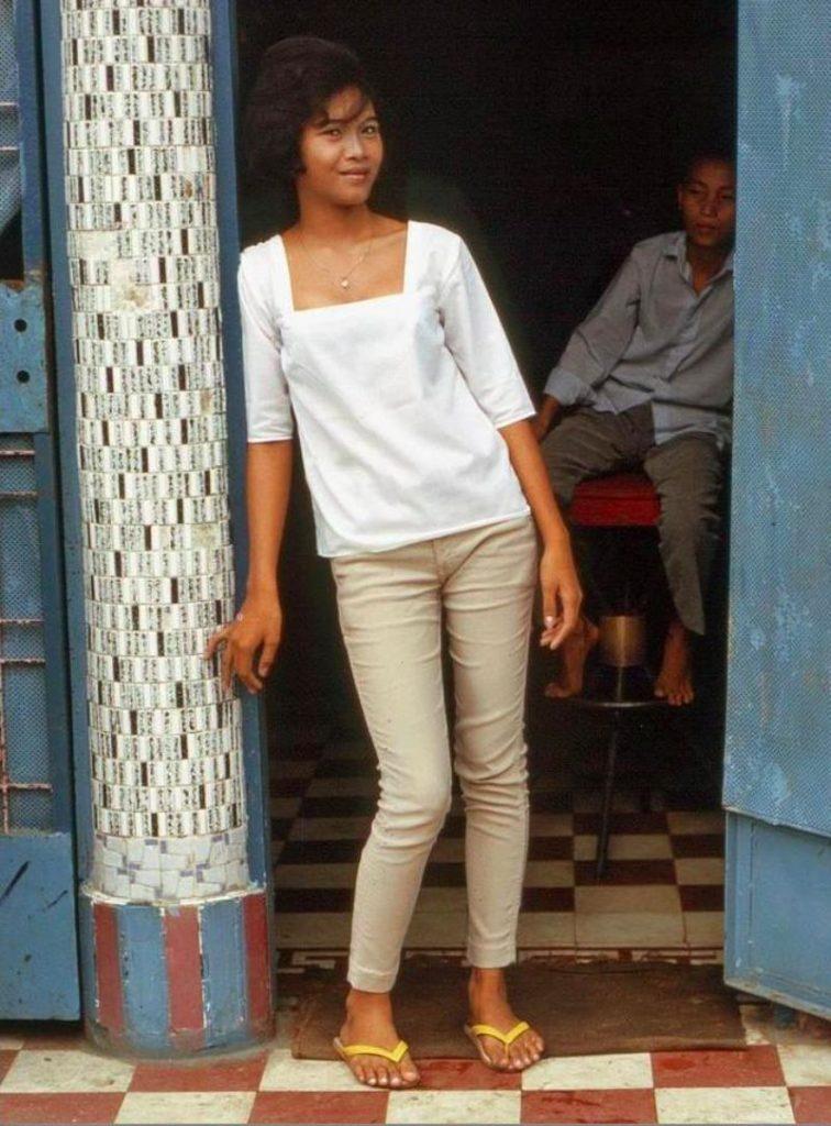 【売春婦】ベトナムの売春宿で撮影された「軍用御用達」の女たち。・19枚目
