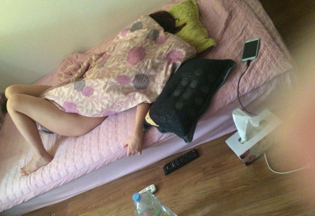 【韓国素人】家庭内を夫に盗撮された「韓国美女」がSNSで晒されるwwww・19枚目