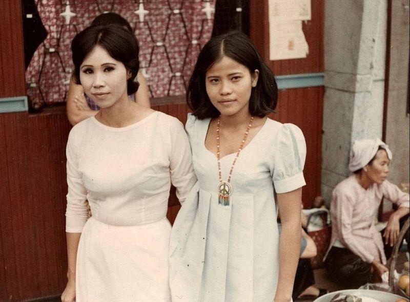 【売春婦】ベトナムの売春宿で撮影された「軍用御用達」の女たち。・21枚目