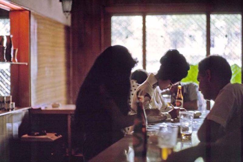 【売春婦】ベトナムの売春宿で撮影された「軍用御用達」の女たち。・24枚目