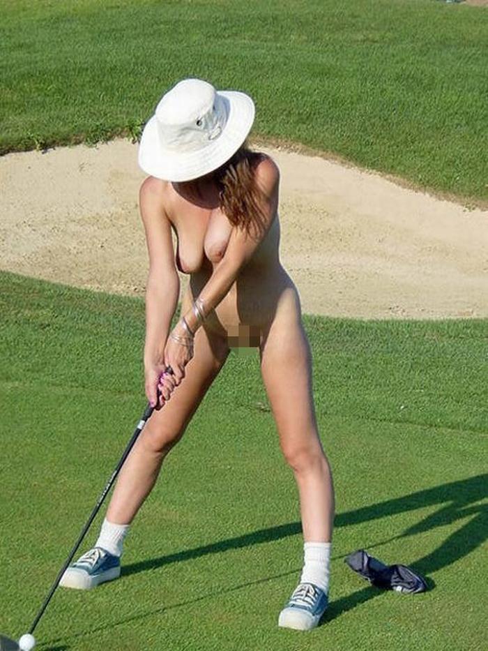 【エロ画像】富豪の ゴルフコンペ ただの露出大会になるwwwww・24枚目
