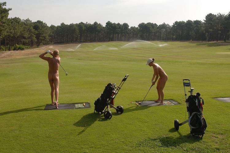 【エロ画像】富豪の ゴルフコンペ ただの露出大会になるwwwww・28枚目