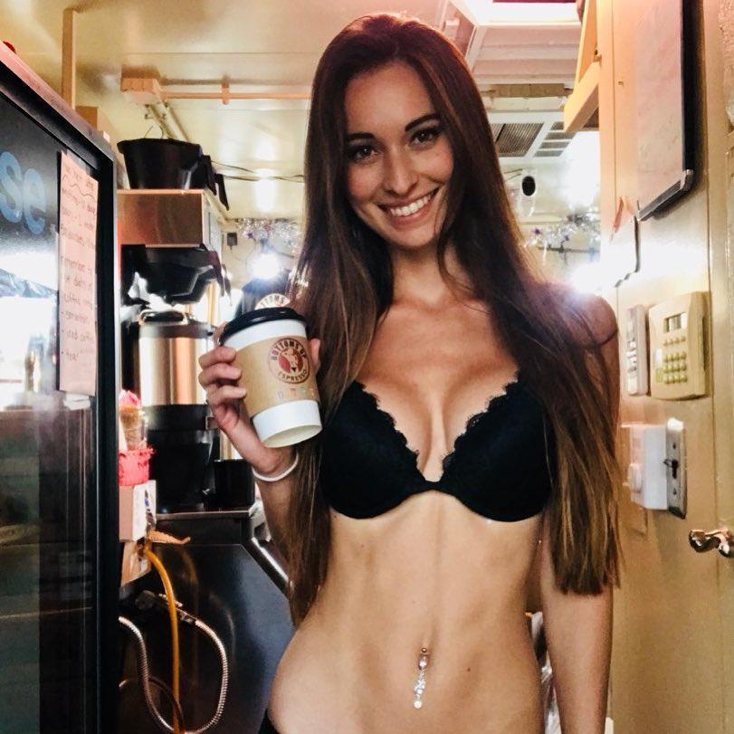 【エロ画像】間違いなく世界一エロいコーヒーショップでこちらwwwwwwww・13枚目