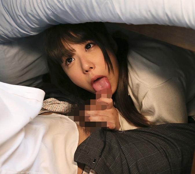 【エロ画像】絶対にコタツから出たくなる女のセックスがこれwwwwwwwww・2枚目