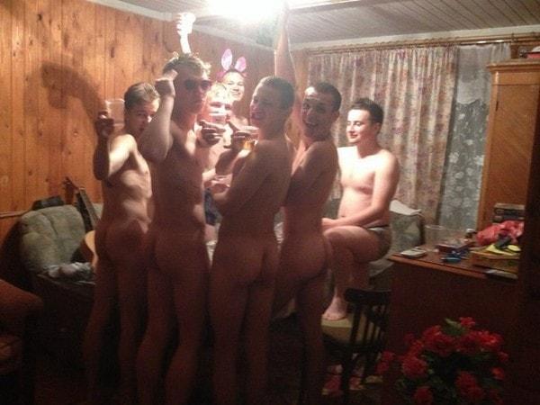 【※乱交】ロシアの10代の男女が乱交パティー。。世界が激震・・・・(画像あり)・22枚目