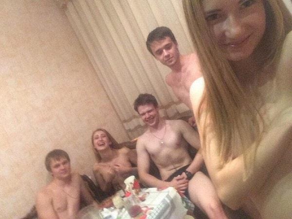 【※乱交】ロシアの10代の男女が乱交パティー。。世界が激震・・・・(画像あり)・23枚目