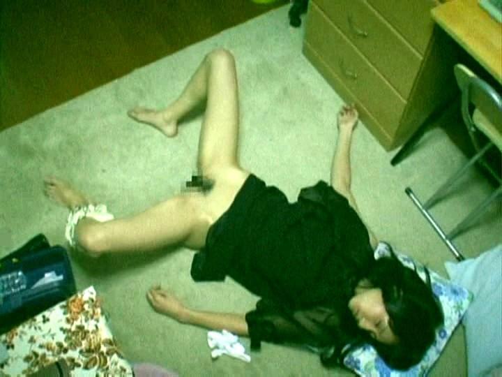昏睡レイプされた女さん、知らぬ間に写真を撮られ晒される・・・(画像あり)・4枚目