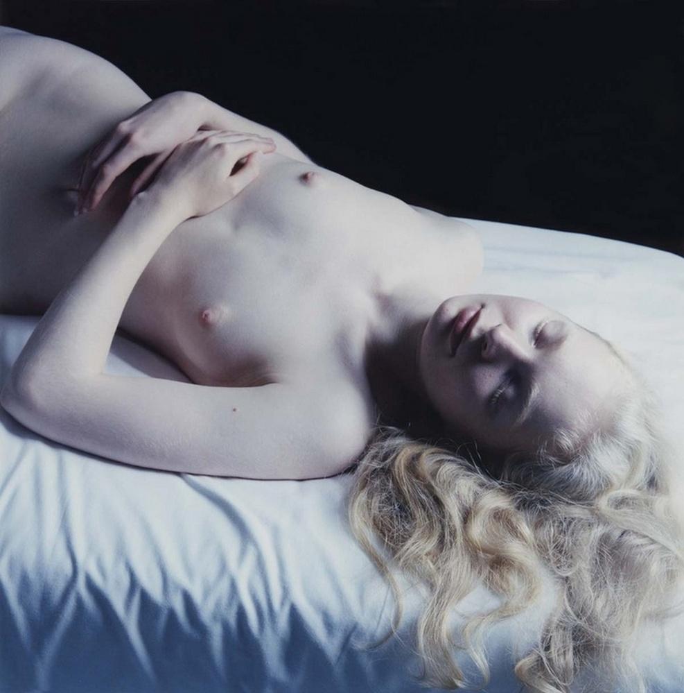 """""""アルビノ""""な美女のヌード写真集。ガチで全部が真っ白wwwwwww(23枚)・7枚目"""