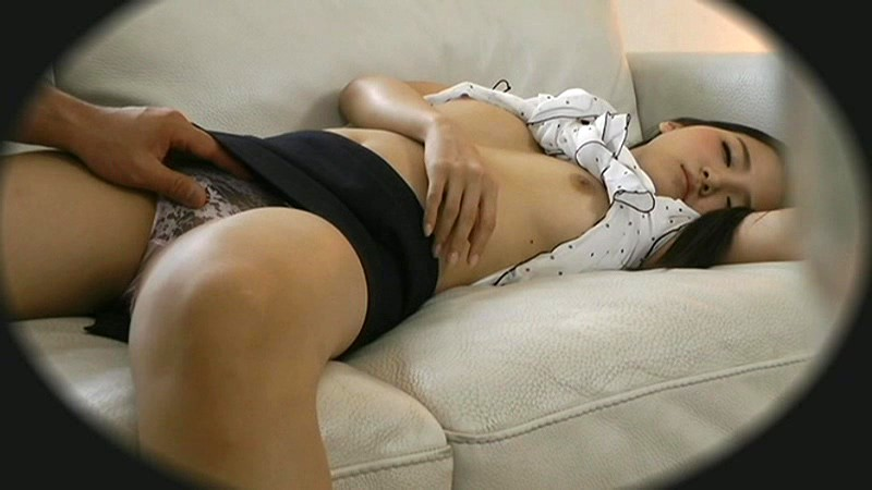 昏睡レイプされた女さん、知らぬ間に写真を撮られ晒される・・・(画像あり)・7枚目