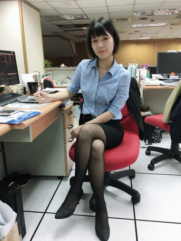 【OLエロ】台湾の働く女の子がエチエチすぎると話題に。整形感が半端ないwwwww・11枚目