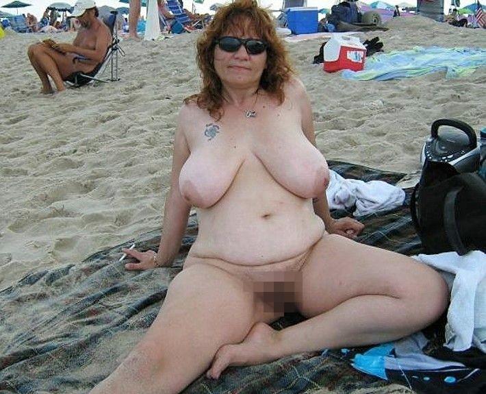 ヌーディストビーチに行ったワイ、好みのポチャ女だけ撮影して帰るwwwwwww(エロ画像)・19枚目