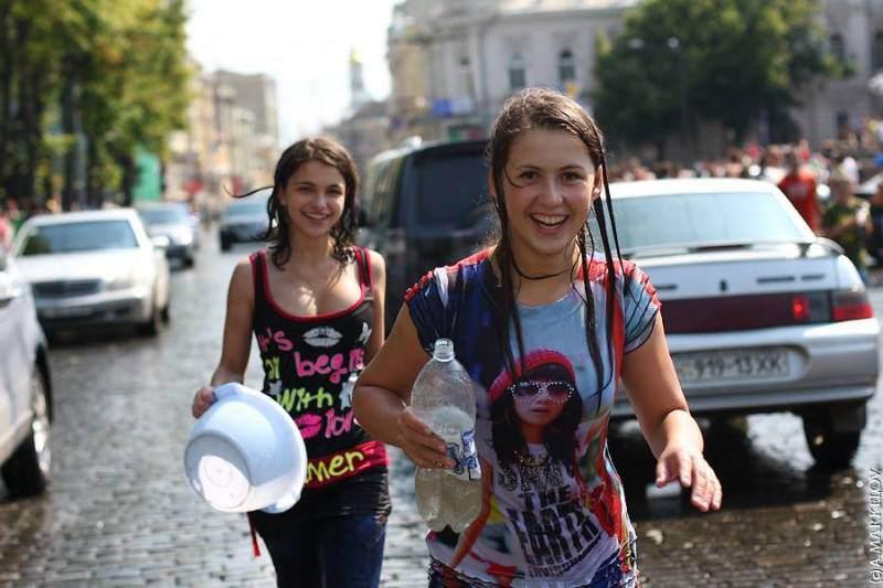 ロシアのJS・JCさん、完全に女の身体…この顔でこのボディーはアカンやろwwwwww(エロ画像)・4枚目