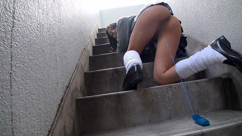 【校内撮影】こっそり女子生徒を撮影したエロ画像。男子の悪行ヤバすぎwwwww(エロ画像)・16枚目
