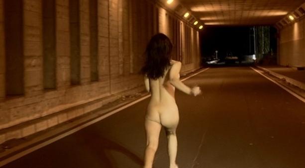【女優 乳首】濡れ場シーンでガッツリ乳首を吸われる光景。これは勃起するわwwwww(GIFあり)・43枚目