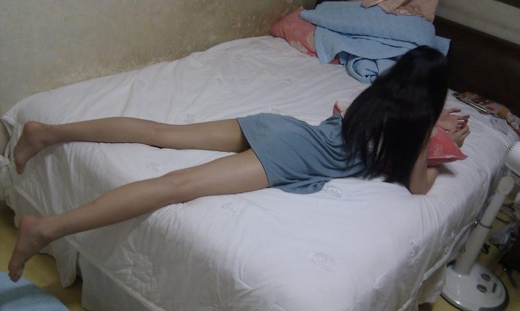 【家庭内盗撮】勝手に撮影された韓国の人妻たち。撮ったやつ有能すぎwwwwwww(41枚)・8枚目