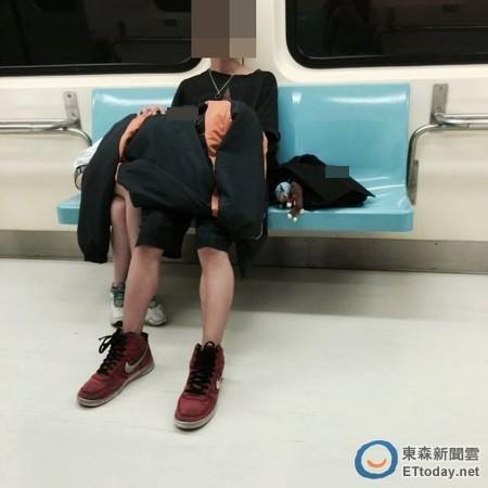 SNSで話題になった韓国・中国の卑猥現場を撮影された画像まとめ・・・・9枚目