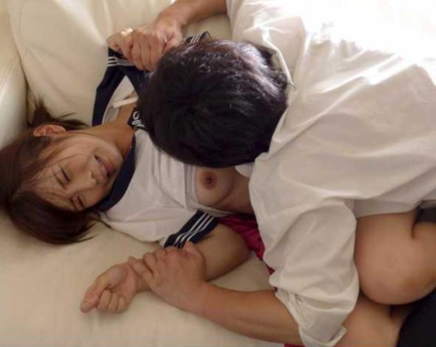 【JKエロ】制服女子をレイプしたい願望あるヤツ、コレ見て我慢しろよwwwwwww・1枚目