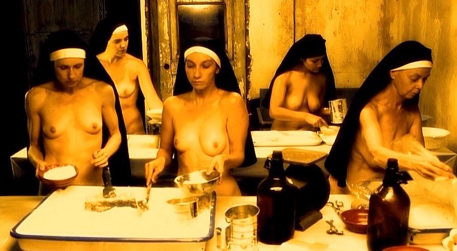 【エロ画像】絶対に処女じゃないシスターがこちら。神への冒涜です・・・・13枚目