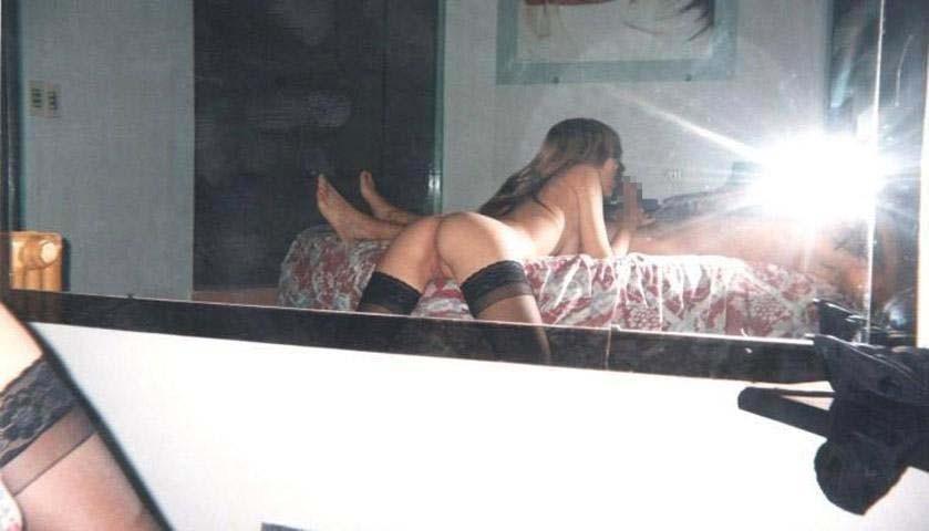 【素人流出】鏡越しにハメ撮りしたバカップル破局後にしっかり流出するwwwwww(エロ画像あり)・17枚目