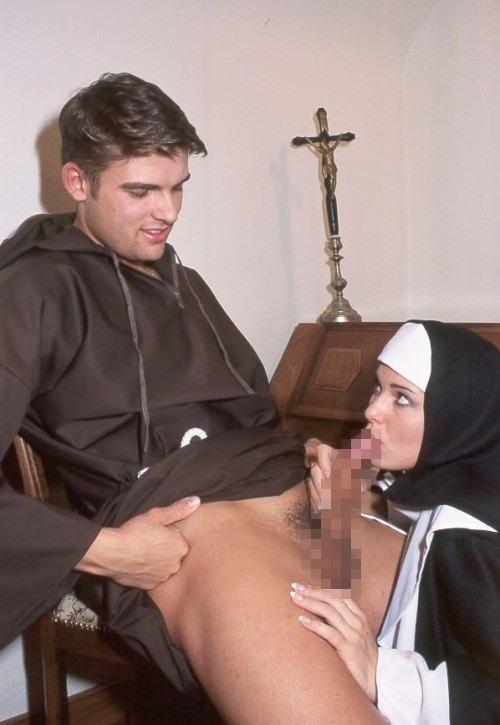 【エロ画像】絶対に処女じゃないシスターがこちら。神への冒涜です・・・・18枚目
