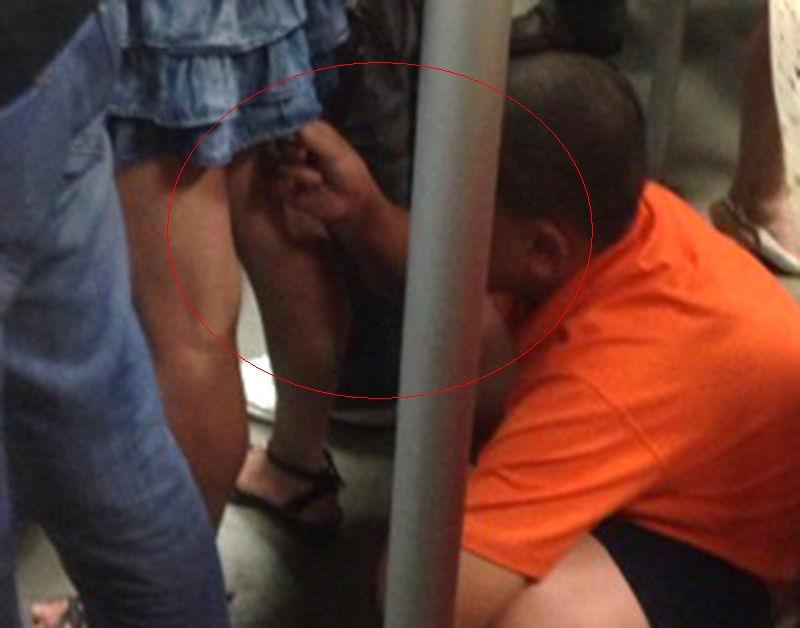 【ガチ盗撮】街中で女の子たちを狙う盗撮犯さん逆に盗撮され晒されるwwwww・9枚目