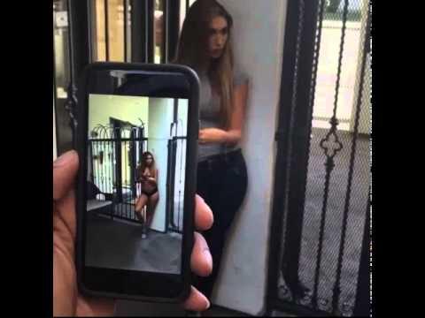 """【エロ画像】街中の女性たちが""""全裸""""に見える神アプリがあるらしいwwwwww・24枚目"""