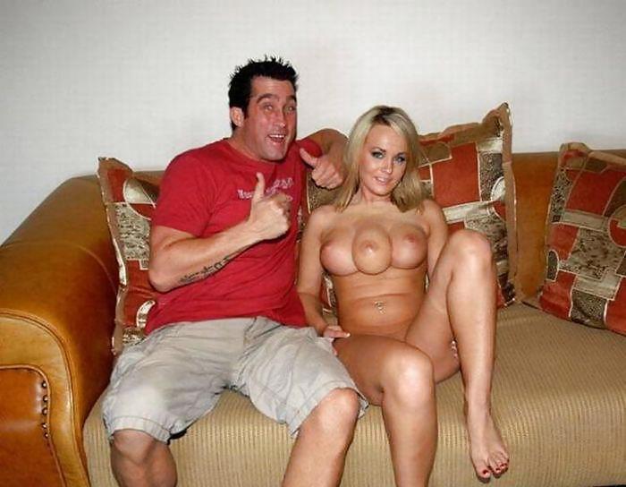 """【おっぱい画像】1つ多い""""乳房""""を持ってる女性たちがこちら。2本挟めるやんwwwww・1枚目"""