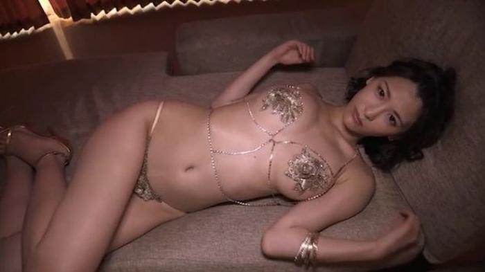 【グラドル】売れないグラビアアイドルが「苦肉の策」で行う限界露出がこれwwwwww・15枚目