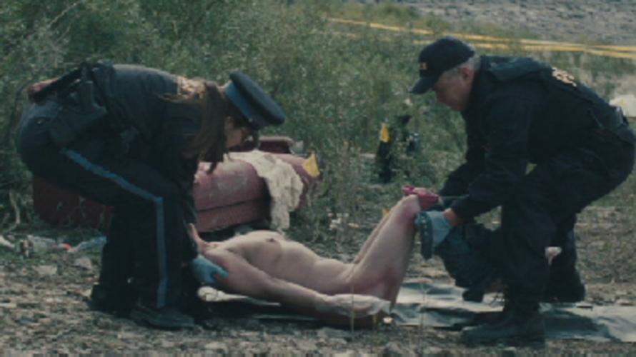 【エログロ】映画で映った女性の全裸ただ役柄は「死体」です・・・(画像あり)・2枚目