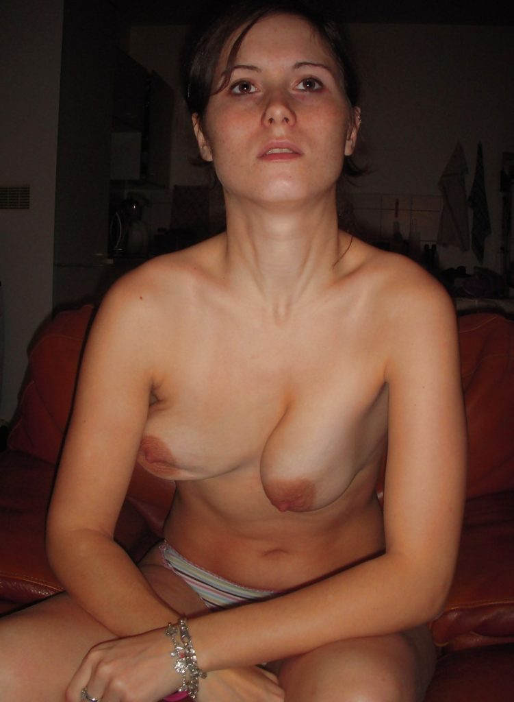 【素人エロ】巨乳女と結婚したワイ、20年後の姿がコチラ・・・ツラいわ。。・23枚目