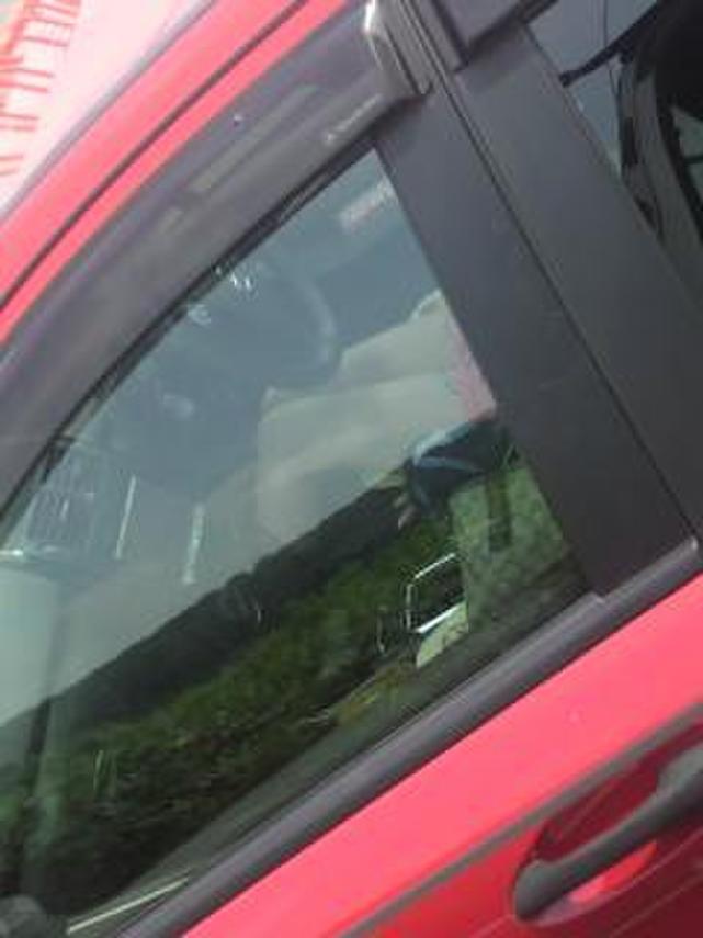 【素人盗撮】トラックから盗撮されたオナニーエロ画像がこれwwwwwwwww・6枚目