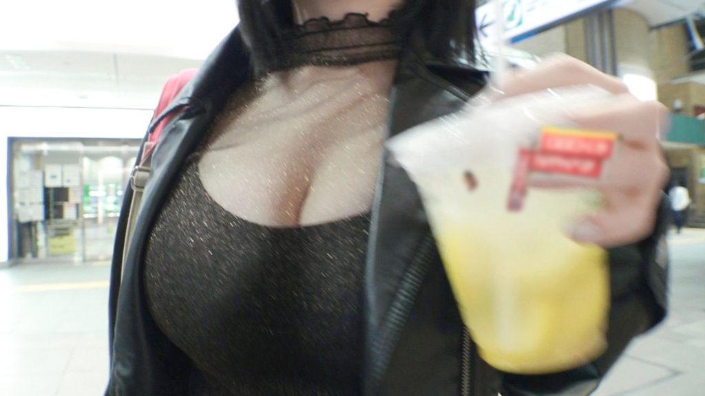 【パイズリの神】天然Gカップ女子の暴走ファック…乳の神様ですわコレwwwwww(動画)・1枚目