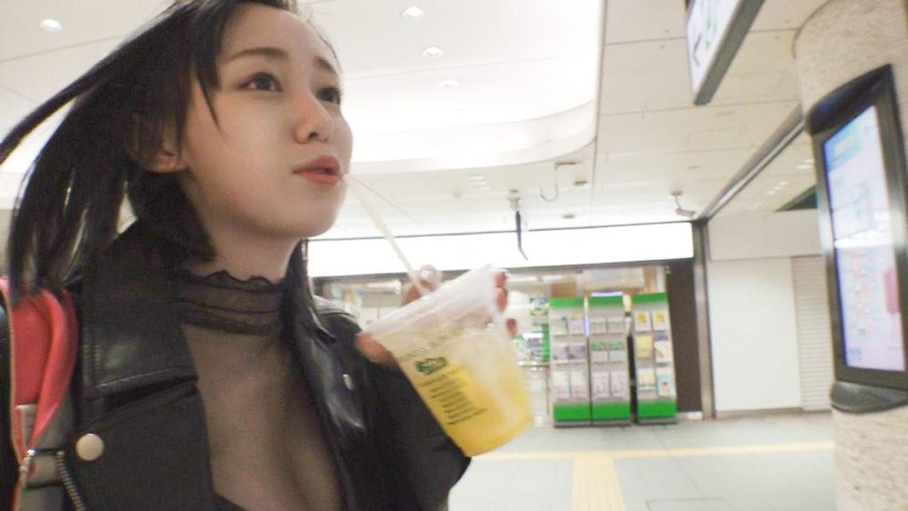 【パイズリの神】天然Gカップ女子の暴走ファック…乳の神様ですわコレwwwwww(動画)・2枚目