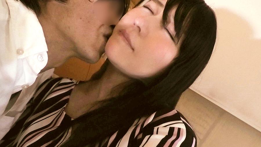 【人妻(42)】感じすぎて潮が止まらない性欲オバケのSEXがエグすぎやったwwwwww(動画)・5枚目