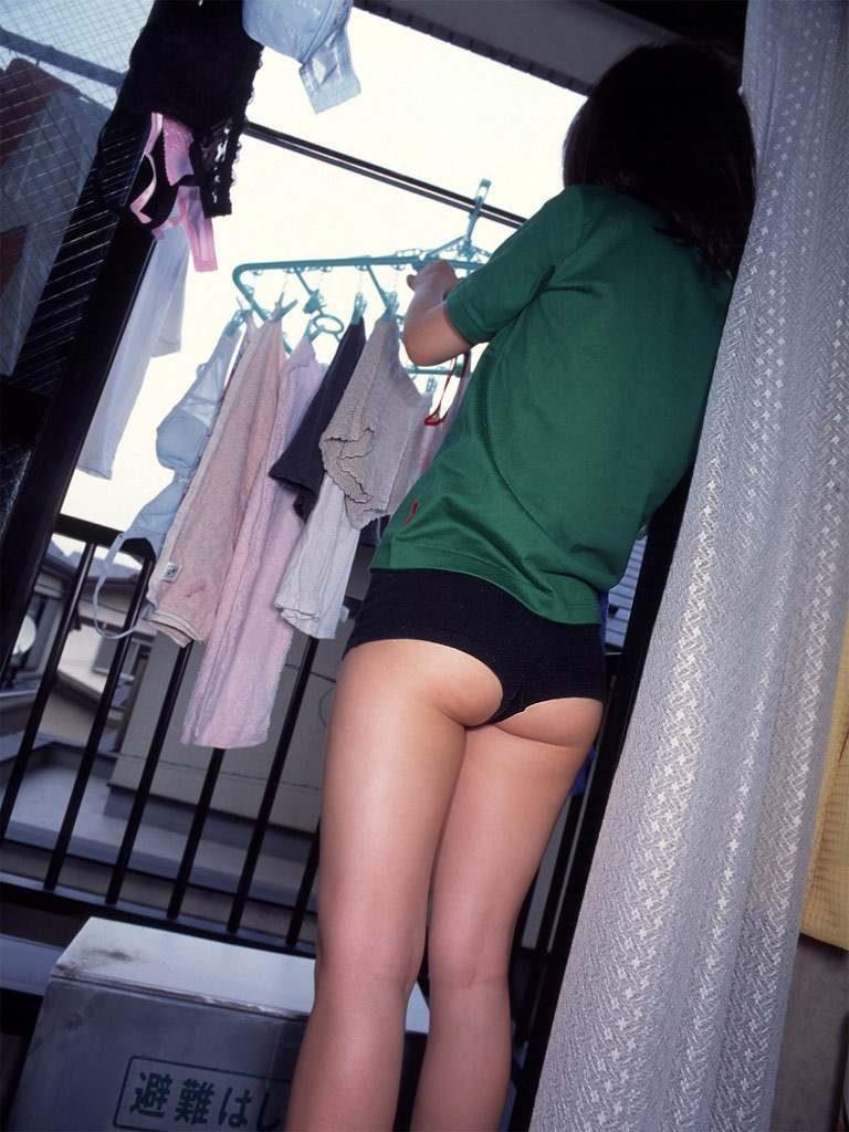 【素人エロ】家庭内の「妻」を盗撮した夫がしっかり流出させる・・・(24枚)・13枚目