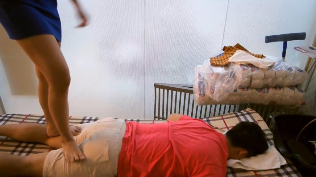 【エロ画像】ベトナムの抜きアリ理髪店がこちらです。メインは抜きwwwwww・14枚目