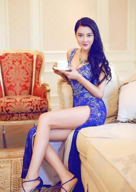 【中国エロ】美少女揃いの少数民族、衣装がエロすぎて話題にwwwwwwwww(画像あり)・60枚目