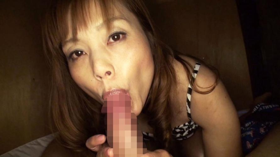 【セックス】押入れでこっそりヤル女のエロ画像。このアングル神すぎない?wwwww・25枚目