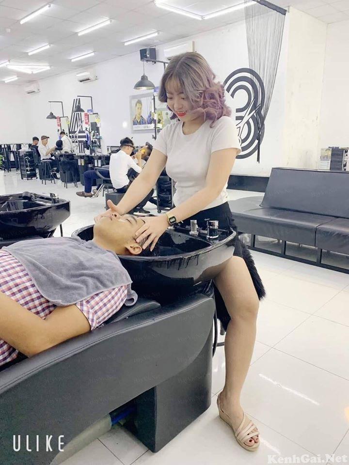 【エロ画像】ベトナムの抜きアリ理髪店がこちらです。メインは抜きwwwwww・30枚目