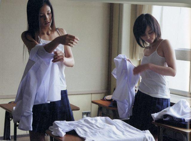 芸能人の「お着替えシーン」ドラマとか映画から抜粋して集めたったwwwwww(34枚)・5枚目