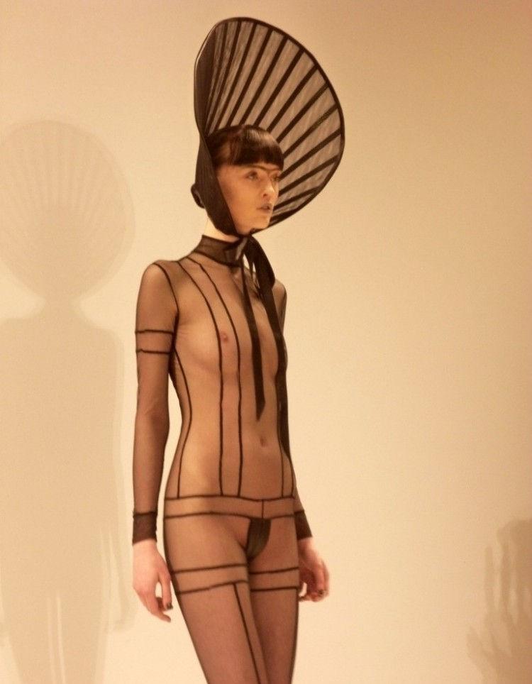 【パリコレ】エロすぎる世界一のファッションショー、おっぱいも最強やったwwwww(100枚)・23枚目