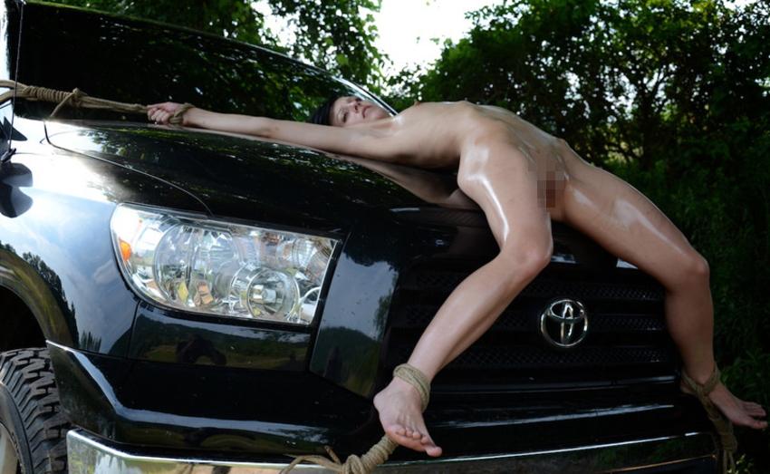 【エロ画像】女を人間と思ってない男のDOQ車がこちらです・・・・・・11枚目
